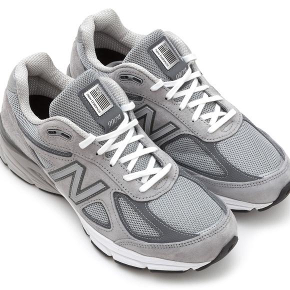 timeless design d828f 6f5eb New Balance Women's 990v4 Running Shoes (Size 7)